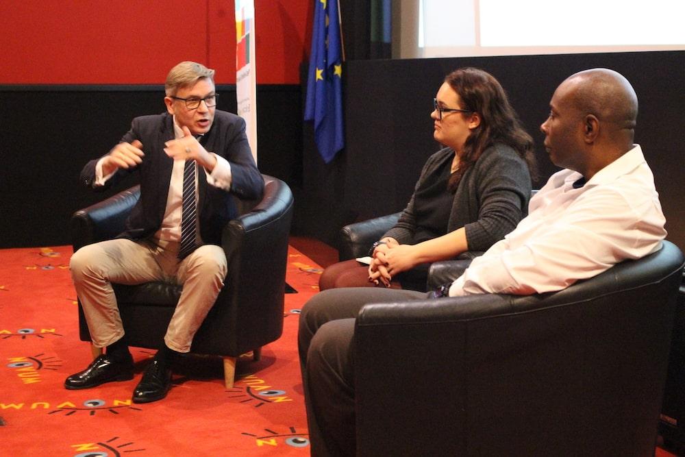 Interview_Demokratie_Leben Kopie